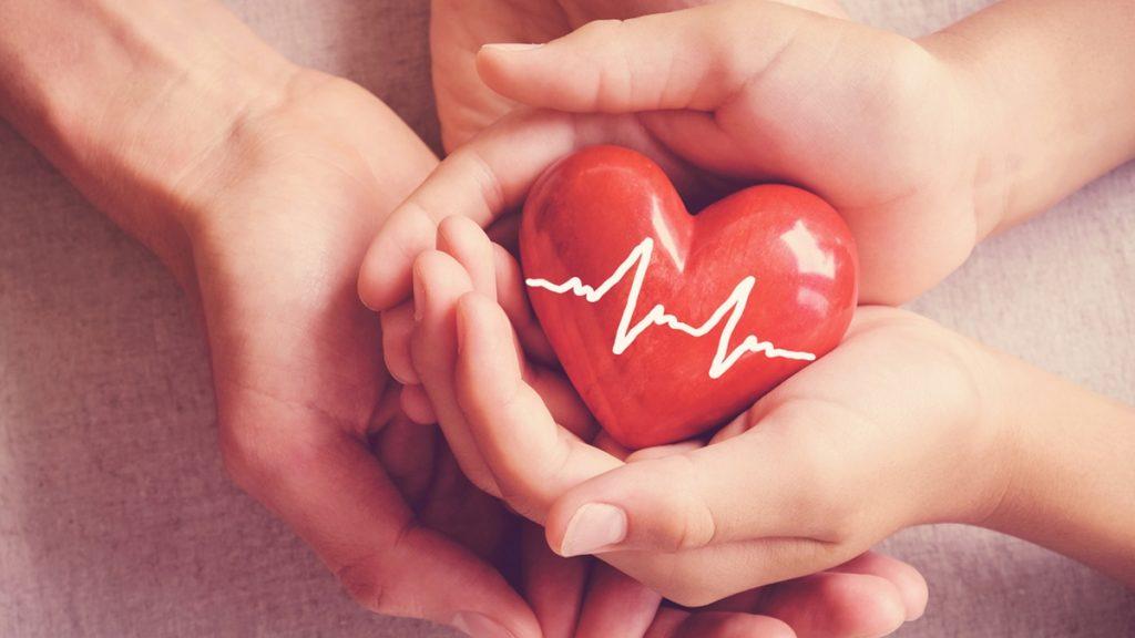 10 วิธีดูแลสุขภาพหัวใจให้แข็งแรง